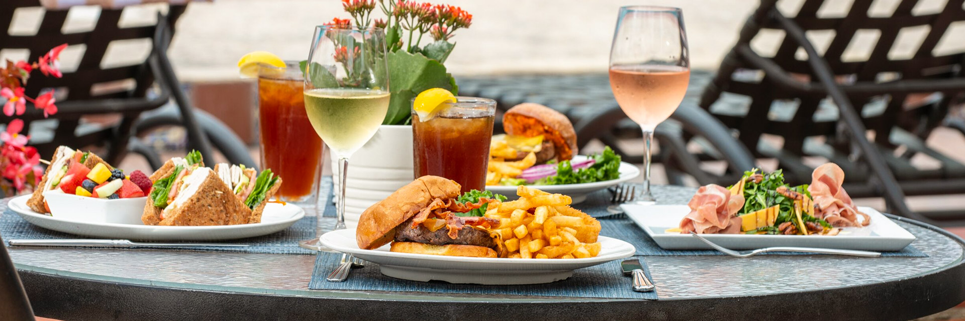 Lunch & Dinner Menu at La Jolla Beach & Tennis Club