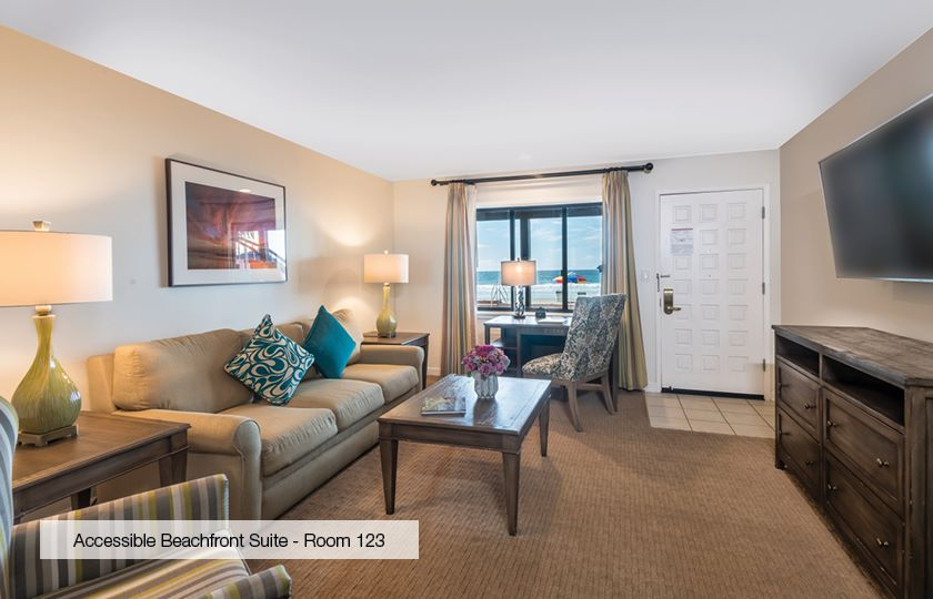 Accessible Beachfront One Bedroom Suite at La Jolla Beach And Tennis Club, California