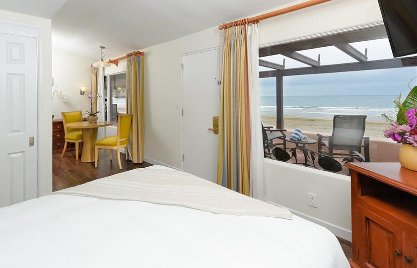 Beachfront Room at La Jolla Beach And Tennis Club, California